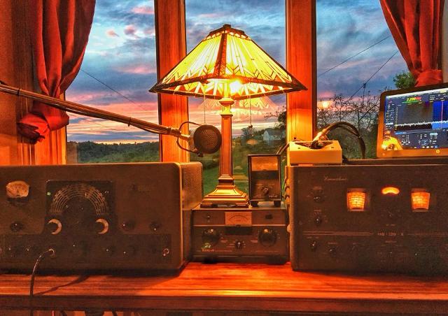 Radio... (non identifié) & TSF - Page 7 85428910