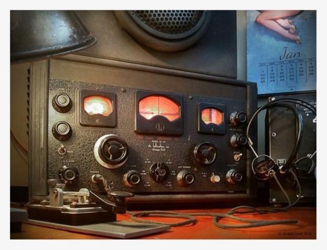 Radio... (non identifié) & TSF - Page 13 87238710