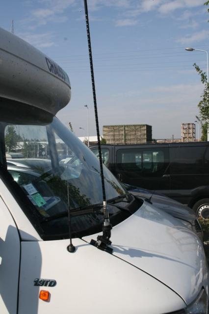 aille - Kit d'antenne à montage sur l'aille d'une Jeep Img_6310