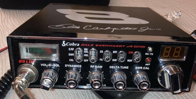 29 - Cobra 29 LTD Dale Earnhardt JR Edition 8 (Production limité) S-l16077