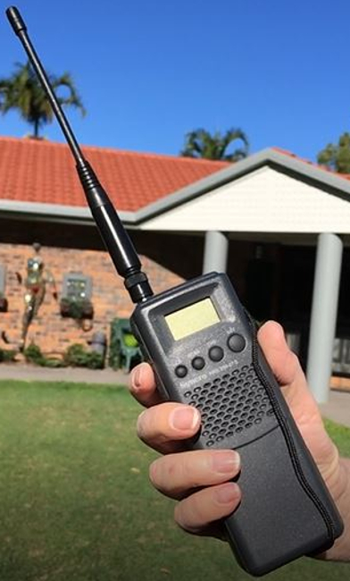 Syncro AM 40 Channel CB hand held (Portable) Syncro11
