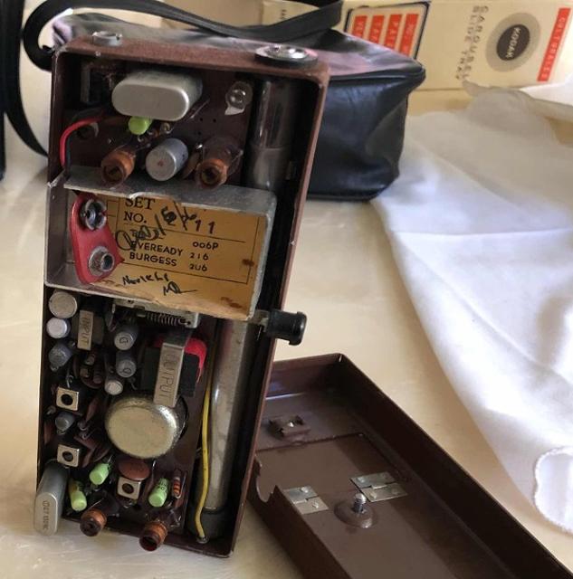 Radifon 104 . 9 Transistor (Portable) Walkie13