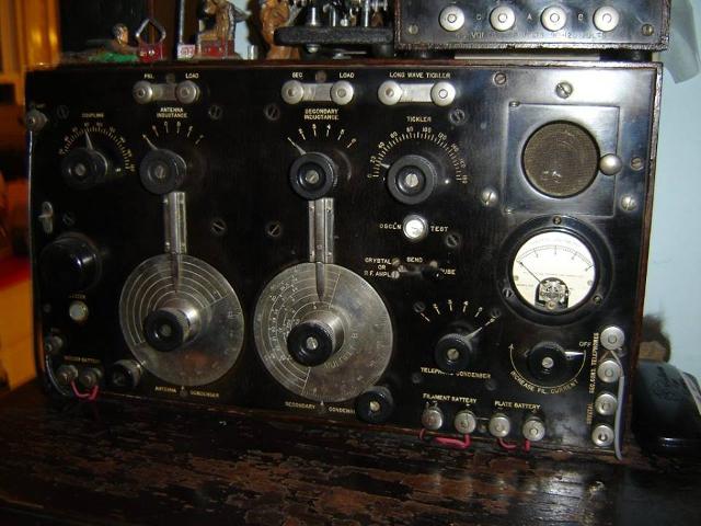 Radio... (non identifié) & TSF - Page 11 Z_417510