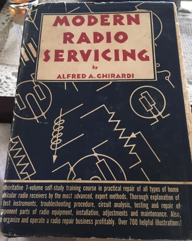 Modern Radio Servicing by Alfred A. Chirardi (Livre en Anglais) Z_672010
