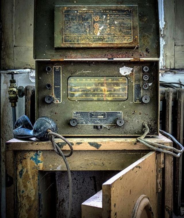 Radio... (non identifié) & TSF - Page 12 Z_771110
