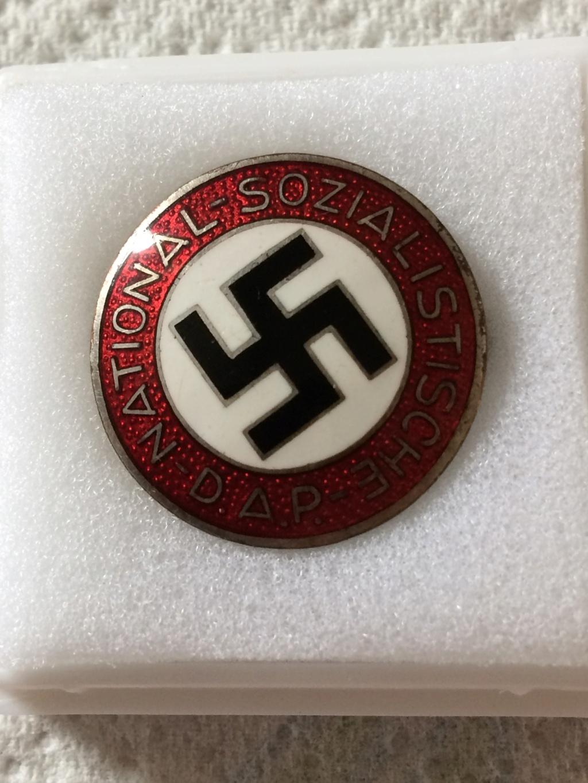 Badge du parti precoce 07211