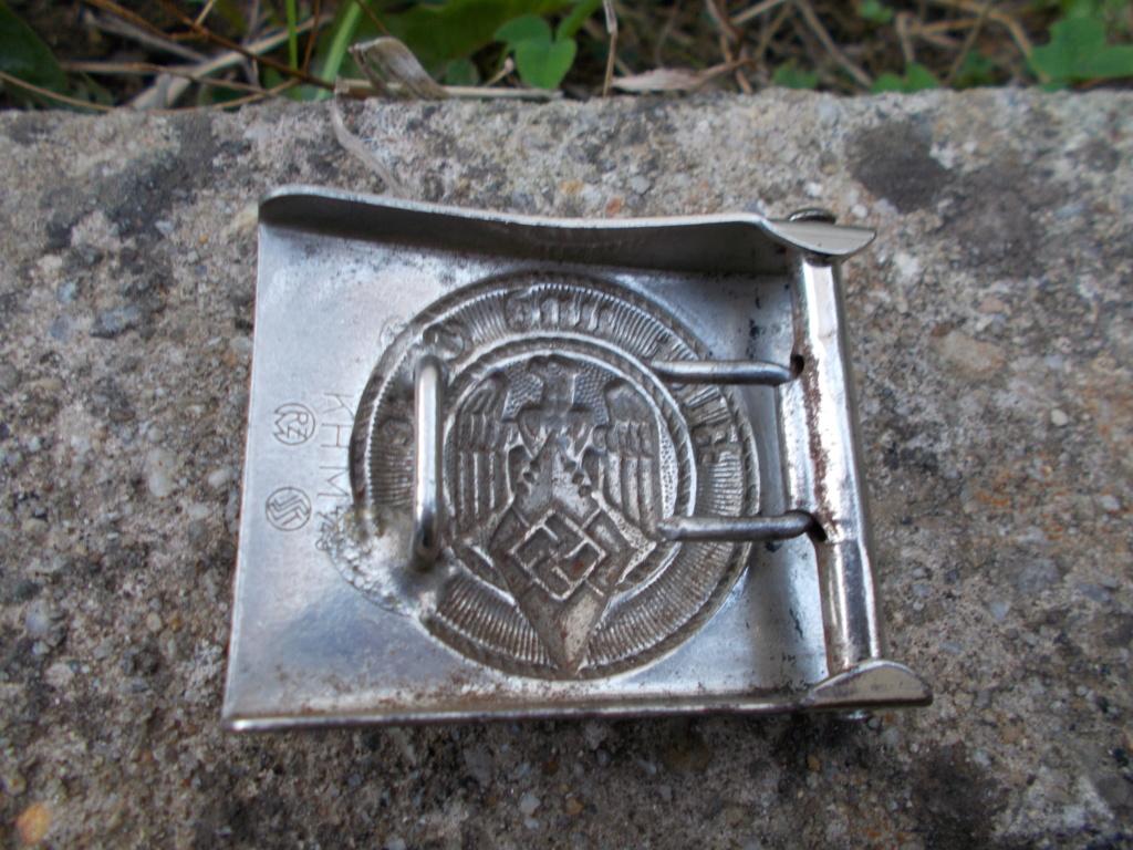 Médailles Allemandes , Insignes Allemands , Boucle HJ , Brassard SA  Dscn0811
