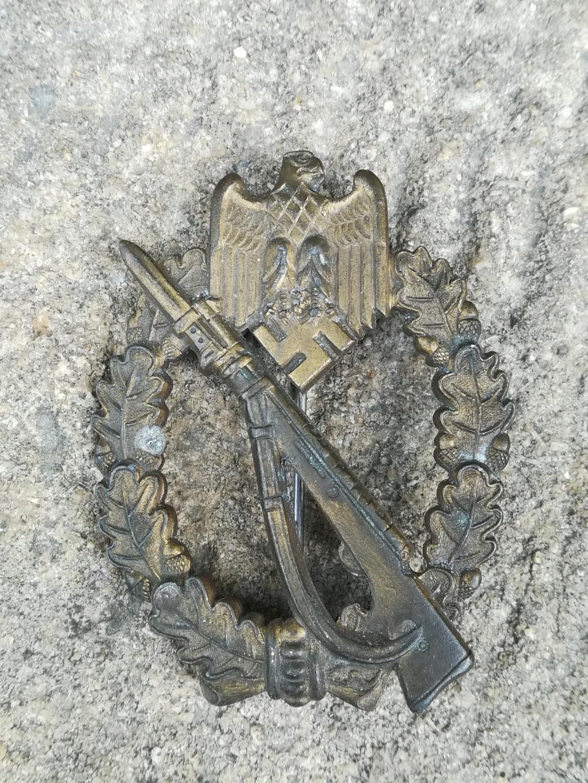 Badge d'assaut d'infanterie MK1 Img_2029