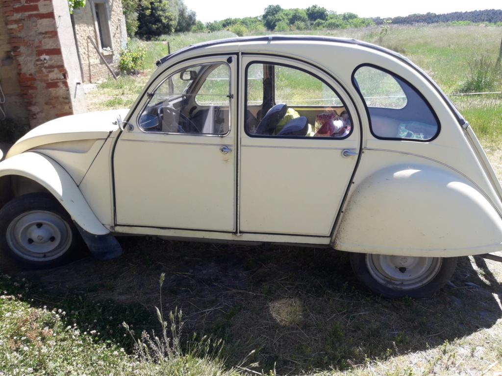 Vieille voiture 20190534