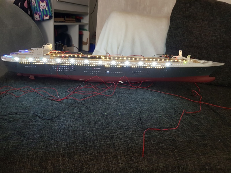 Queen Mary 2 mit LED-Beleuchtung / Revell, 1:400 - Seite 3 20200101