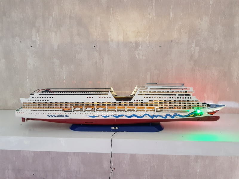 Aida die 2te / Revell,  1:400 mit LED Beleuchtung  20200728