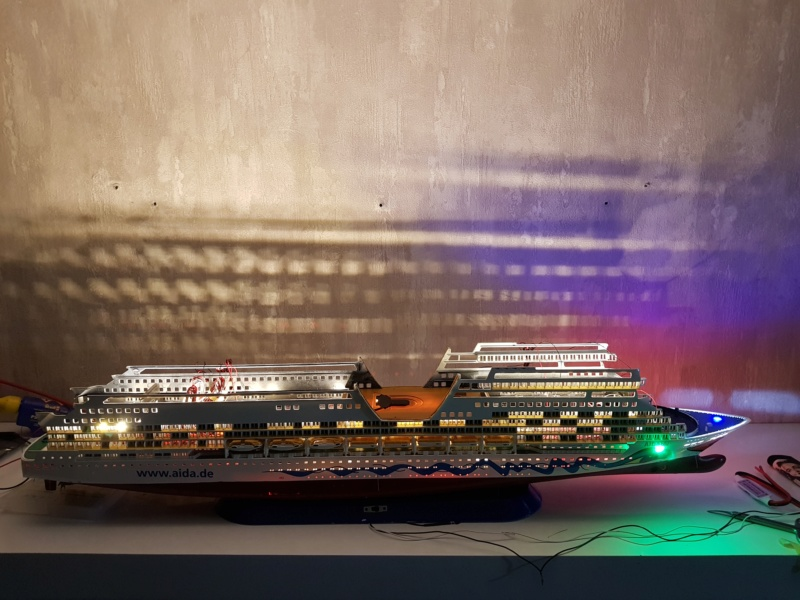 Aida die 2te / Revell,  1:400 mit LED Beleuchtung  20200734