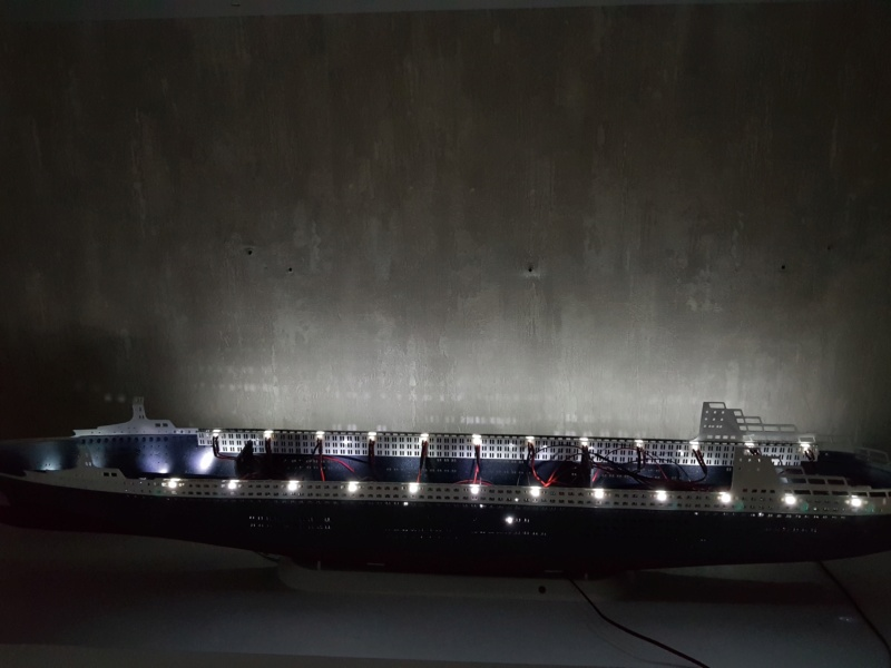 Queen Mary 2 mit LED-Beleuchtung / Revell, 1:400 - Seite 2 20200768