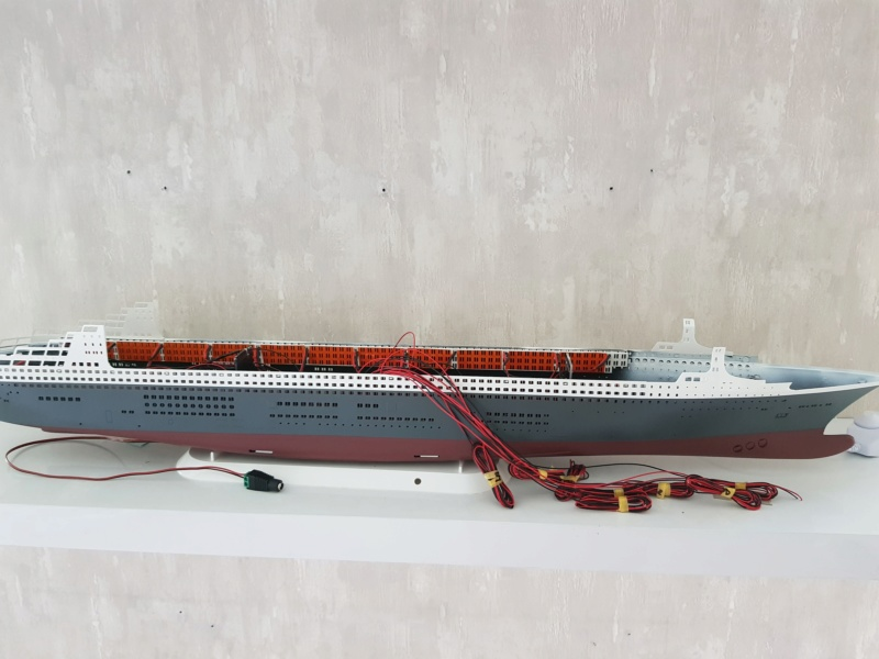 Queen Mary 2 mit LED-Beleuchtung / Revell, 1:400 - Seite 3 20200773