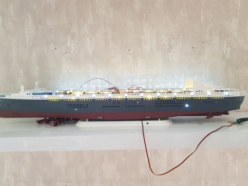 Queen Mary 2 mit LED-Beleuchtung / Revell, 1:400 - Seite 3 20200779
