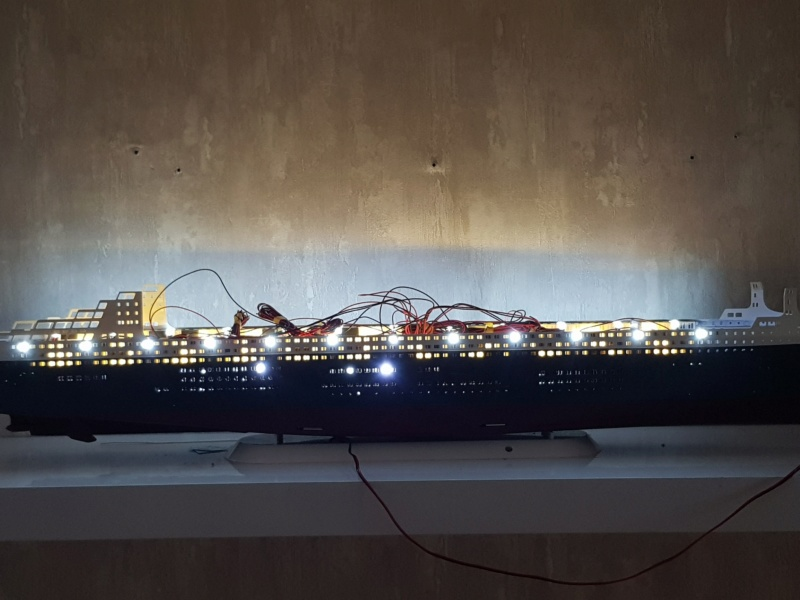 Queen Mary 2 mit LED-Beleuchtung / Revell, 1:400 - Seite 3 20200782