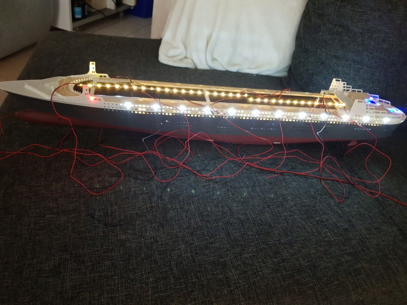 Queen Mary 2 mit LED-Beleuchtung / Revell, 1:400 - Seite 3 20200799