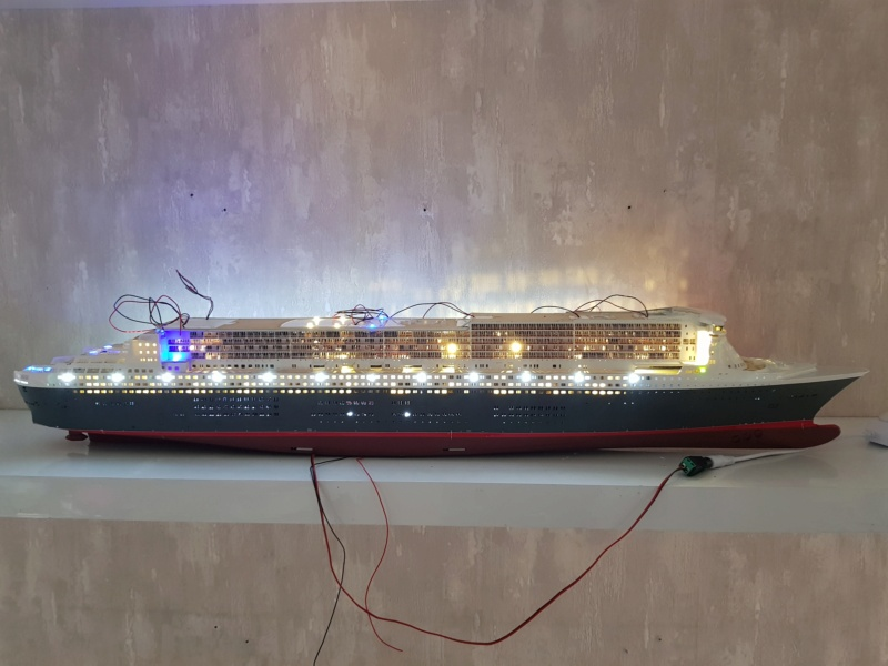 Queen Mary 2 mit LED-Beleuchtung / Revell, 1:400 - Seite 4 20200812
