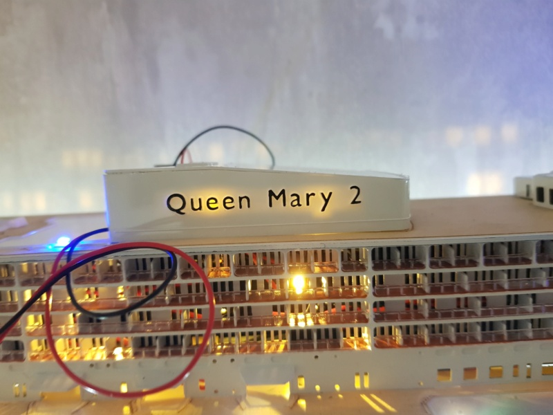Queen Mary 2 mit LED-Beleuchtung / Revell, 1:400 - Seite 4 20200815