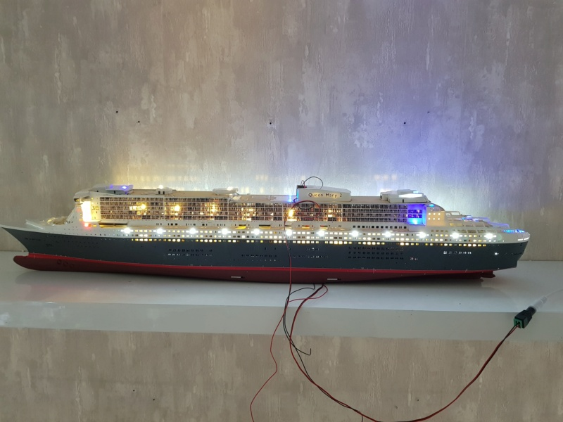 Queen Mary 2 mit LED-Beleuchtung / Revell, 1:400 - Seite 4 20200816