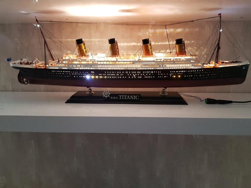 RMS  Titanic / Academy, 1:400 92281910