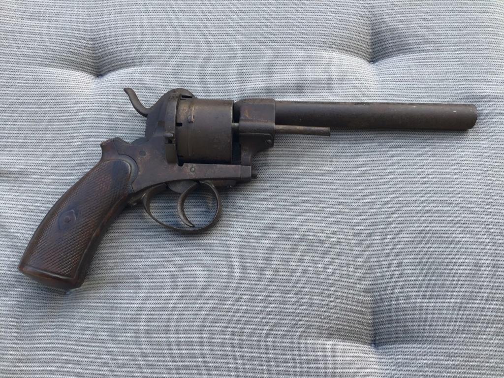Revolver à broche assez gros 9e6a2710