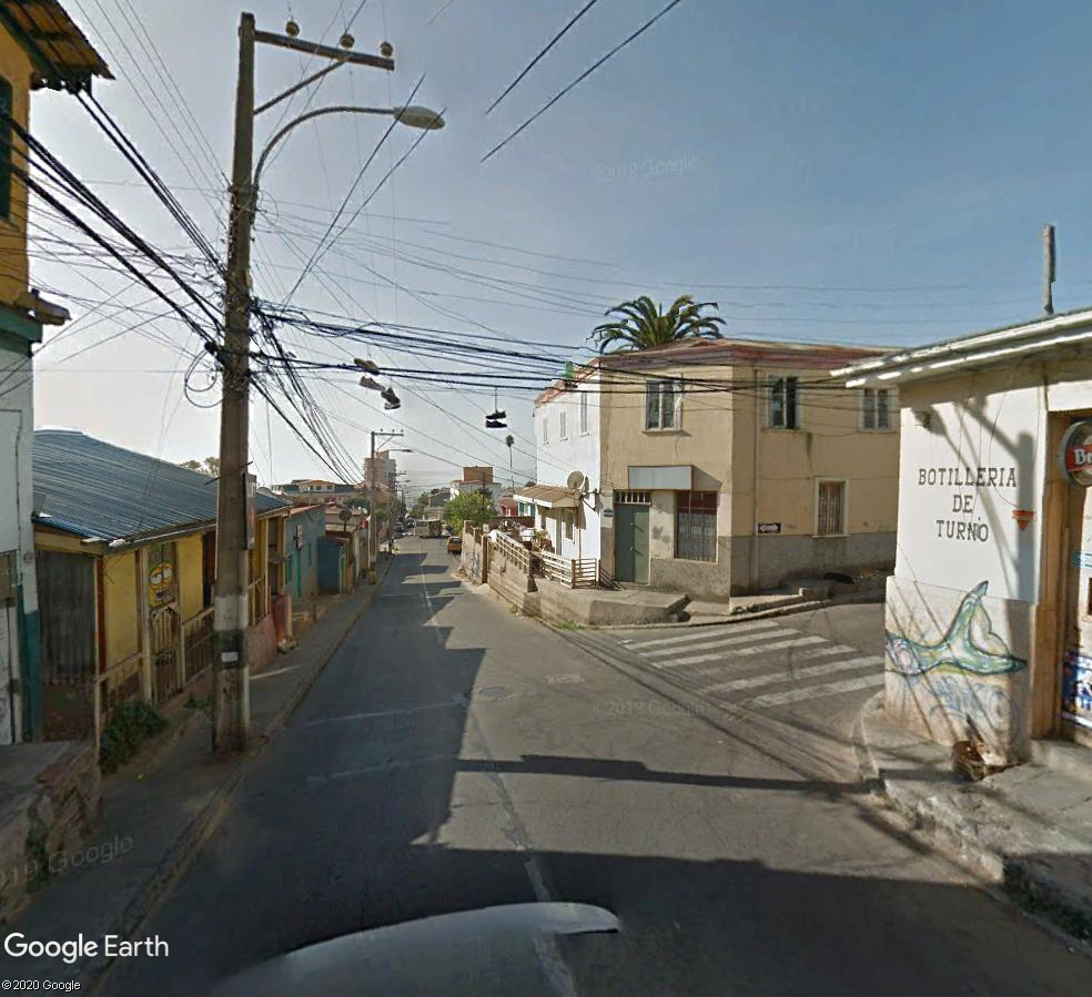 STREET VIEW : Chaussures fils electriques los Angeles USA - Page 2 Espadr10
