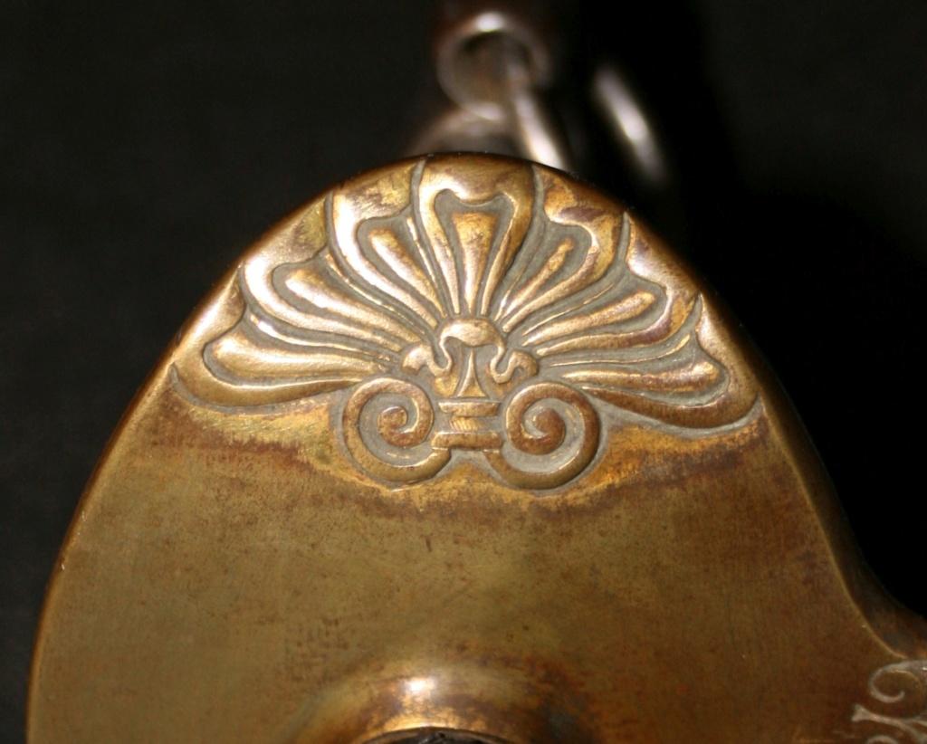 Décoration des sabres d'officier modèles 1822, 1854, 1855, 1883 et 1822-99 - Page 2 Img_8610