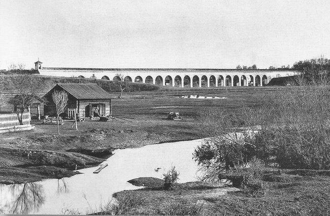 Статья от Meduza: Акведук, станция, фонтан. Как был устроен водопровод в Москве 200 лет назад  1311