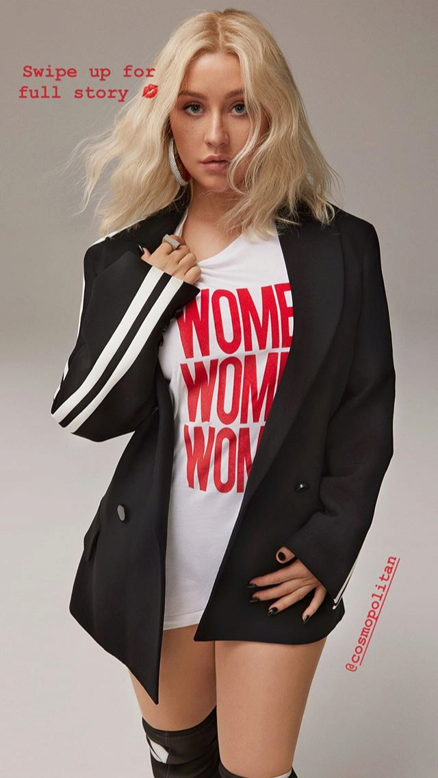Christina Aguilera - Σελίδα 5 02933310