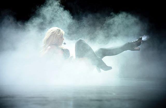 Britney Spears  - Σελίδα 16 0d86b410