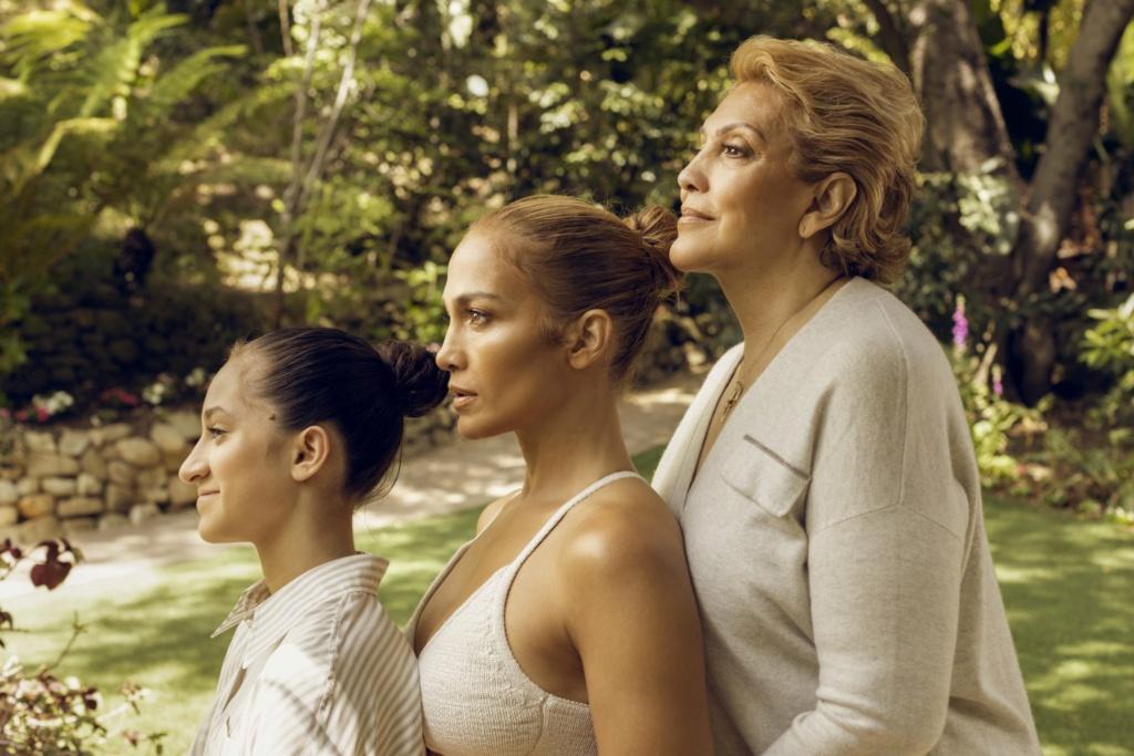 Jennifer Lopez - Σελίδα 11 15526b10