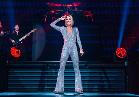 Céline Dion  - Σελίδα 2 1e1cd510