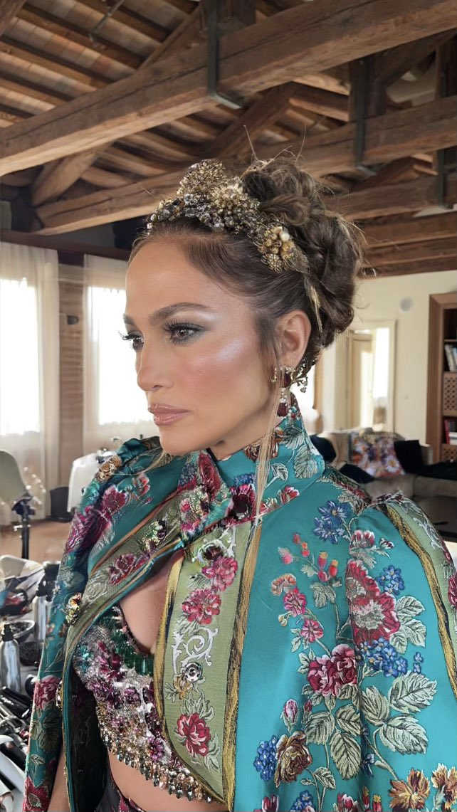 Jennifer Lopez - Σελίδα 18 2386a910