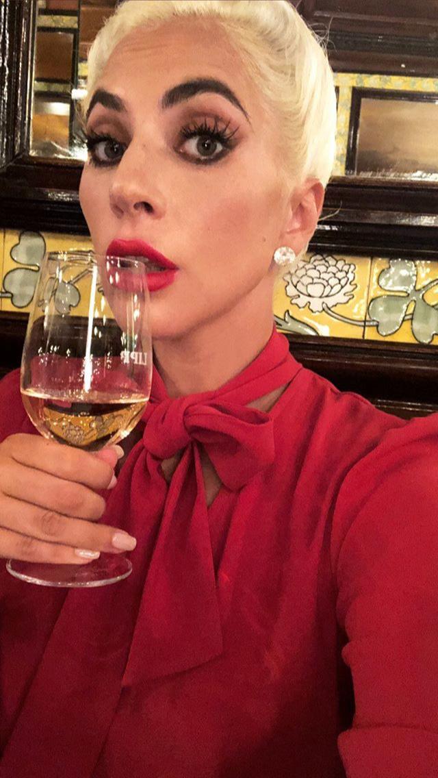 8 - Lady Gaga - Σελίδα 12 254fd910