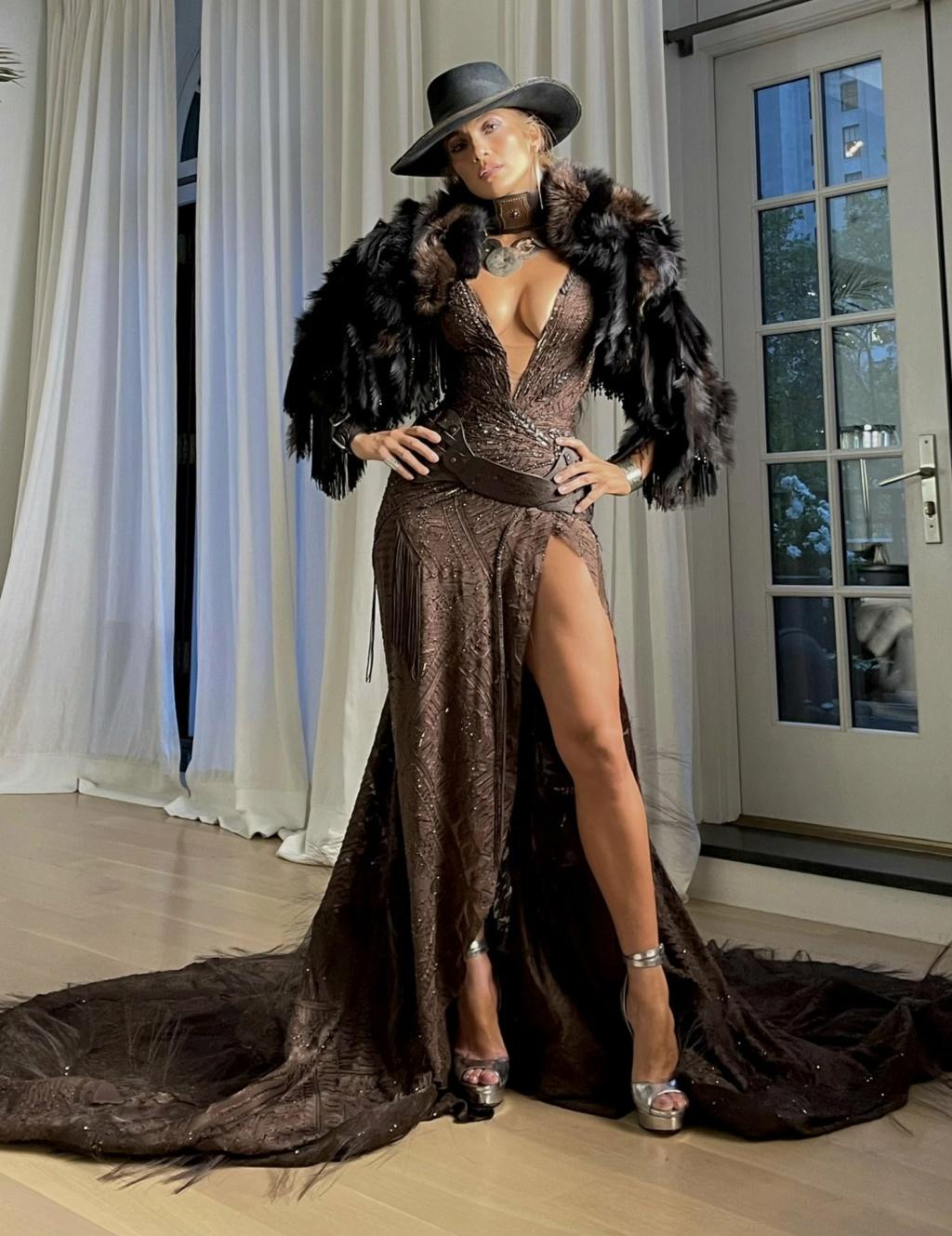 Jennifer Lopez - Σελίδα 19 333fb310