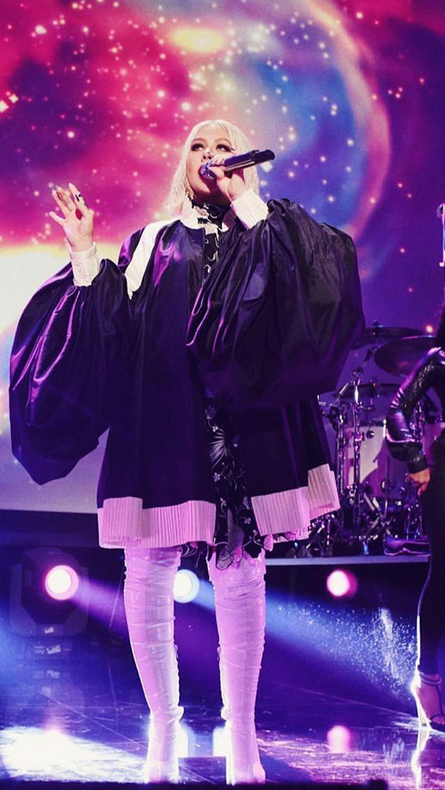 Christina Aguilera - Σελίδα 7 3cb62910