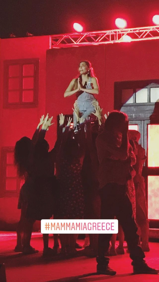 Mamma Mia - Καλοκαιρινή Περιοδεία 2018 - Σελίδα 49 48ab4610