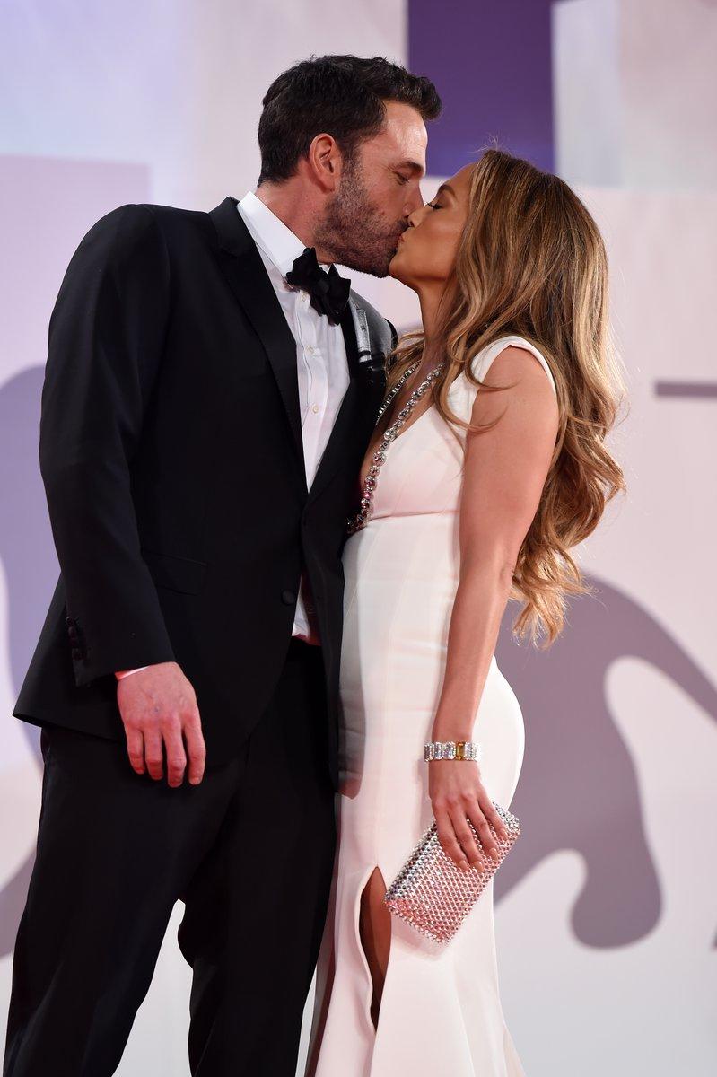Jennifer Lopez - Σελίδα 19 6731ad10