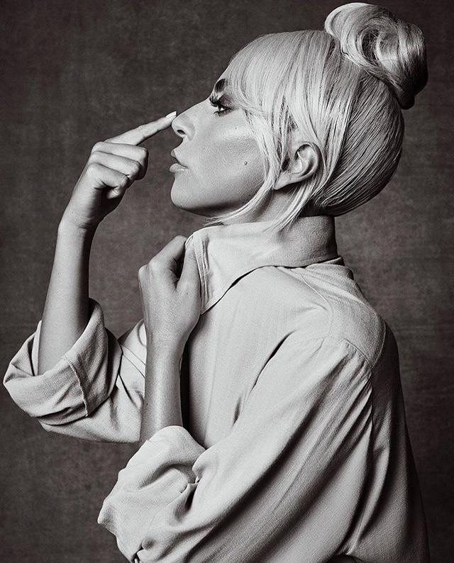 Lady Gaga - Σελίδα 24 73007f10