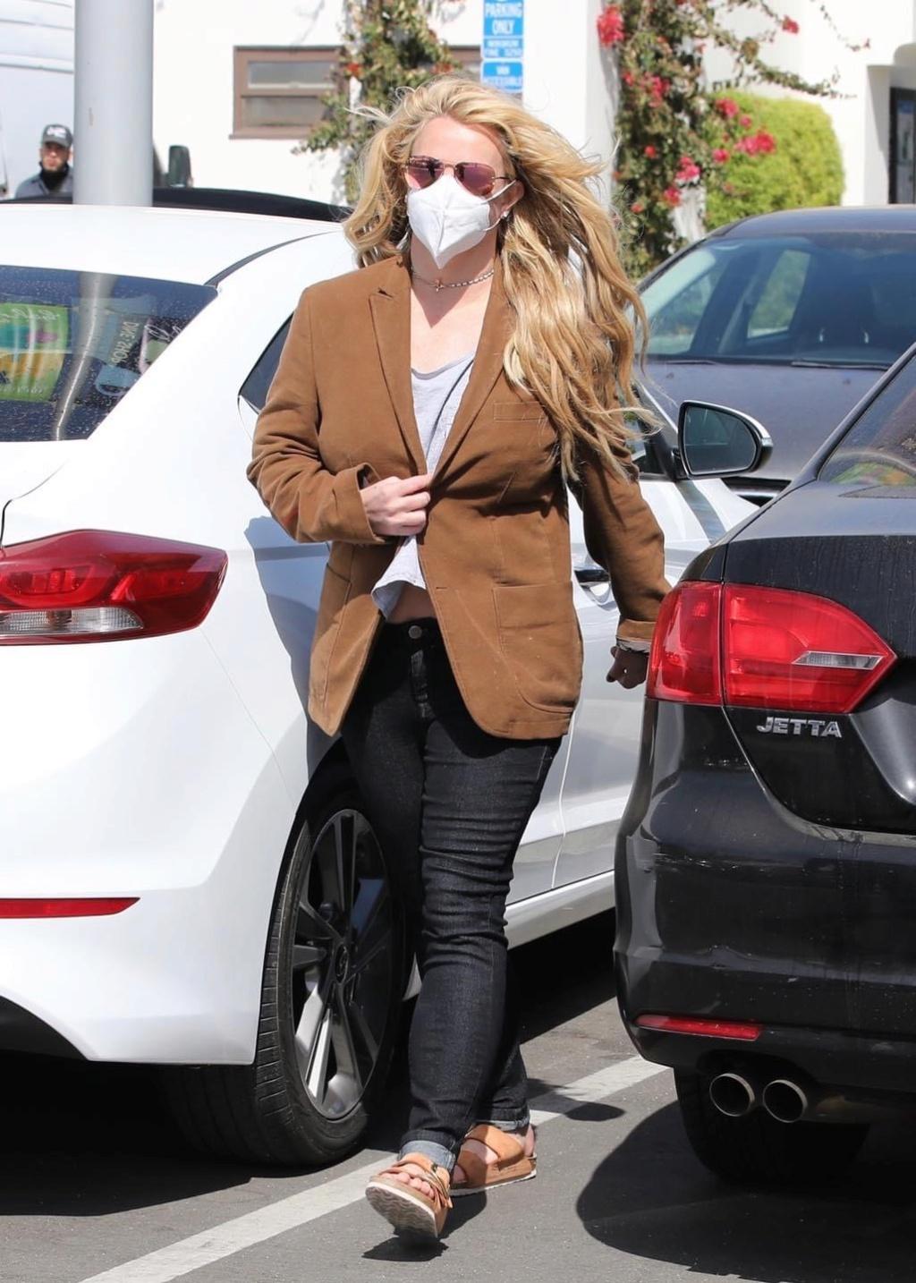 Britney Spears  - Σελίδα 49 737efc10
