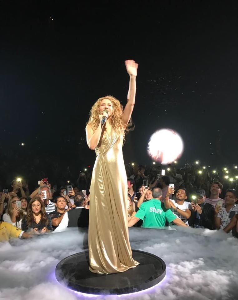 Shakira - Σελίδα 3 8a849f10