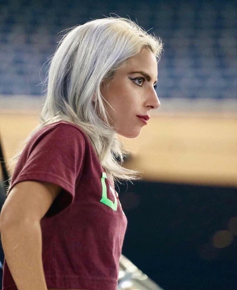 Lady Gaga - Σελίδα 29 8f4b7310