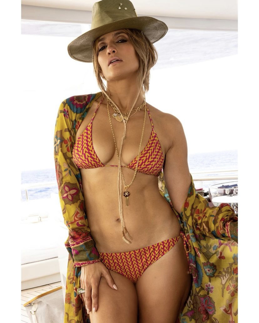Jennifer Lopez - Σελίδα 17 A112c110