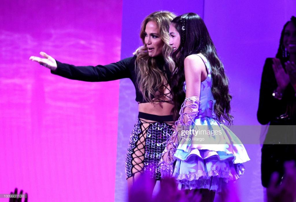 Jennifer Lopez - Σελίδα 19 A16ced10
