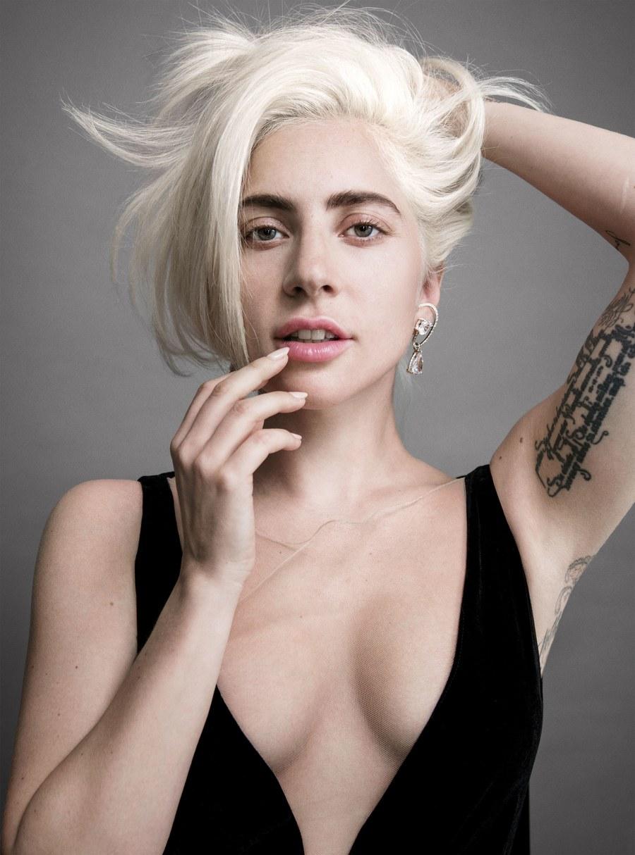 8 - Lady Gaga - Σελίδα 13 Ac053610