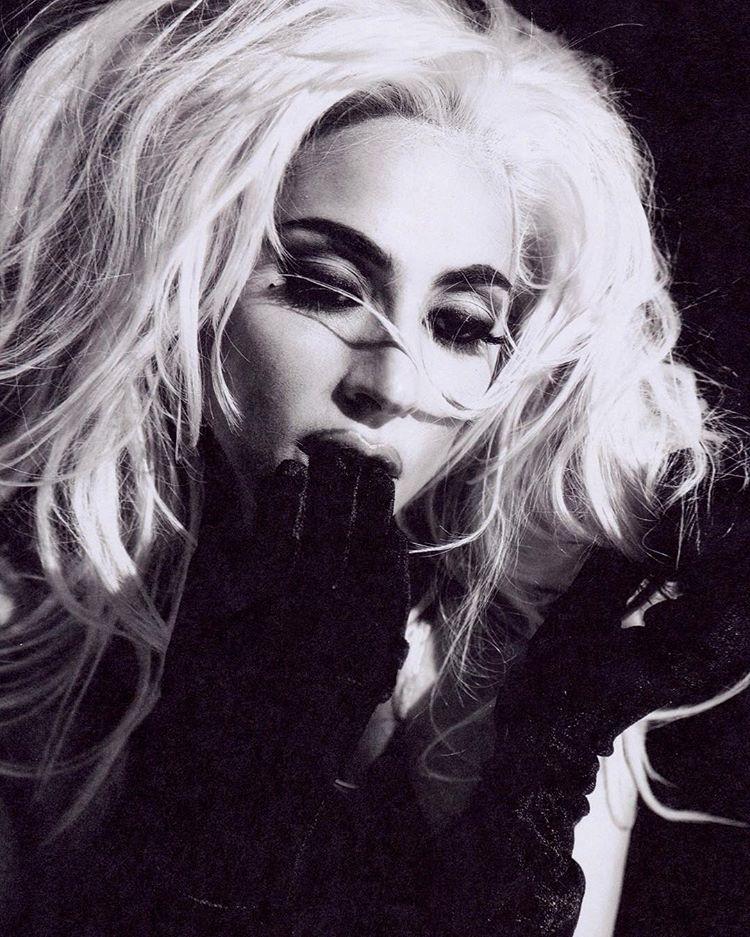 Lady Gaga - Σελίδα 48 B4efe610