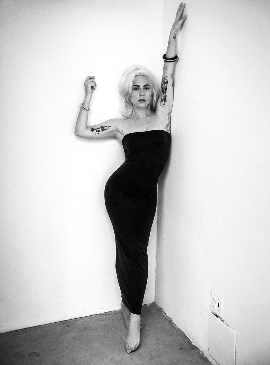 8 - Lady Gaga - Σελίδα 13 B7118310