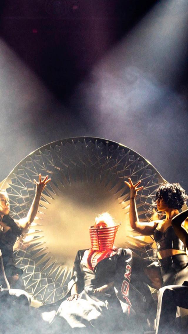 Christina Aguilera - Σελίδα 6 B9567e10