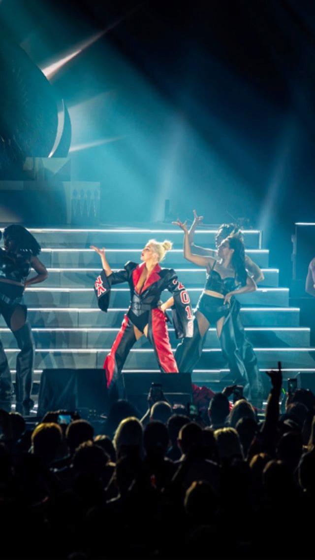 Christina Aguilera - Σελίδα 6 Bdcf5710